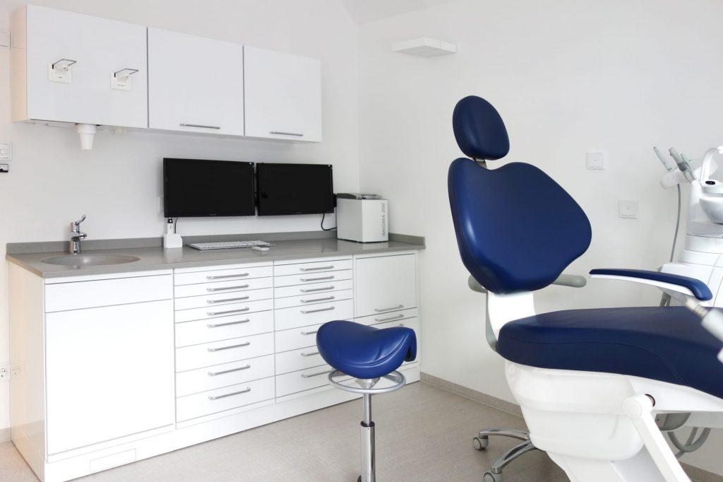 Zahnarztpraxis in München in Berg am Laim im Behandlungsraum